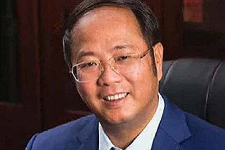 Mr Huang Xiangmo, a well-connected Chinese businessman, has had his Australian residency revoked over his political activity and alleged links to China's Communist Party.
