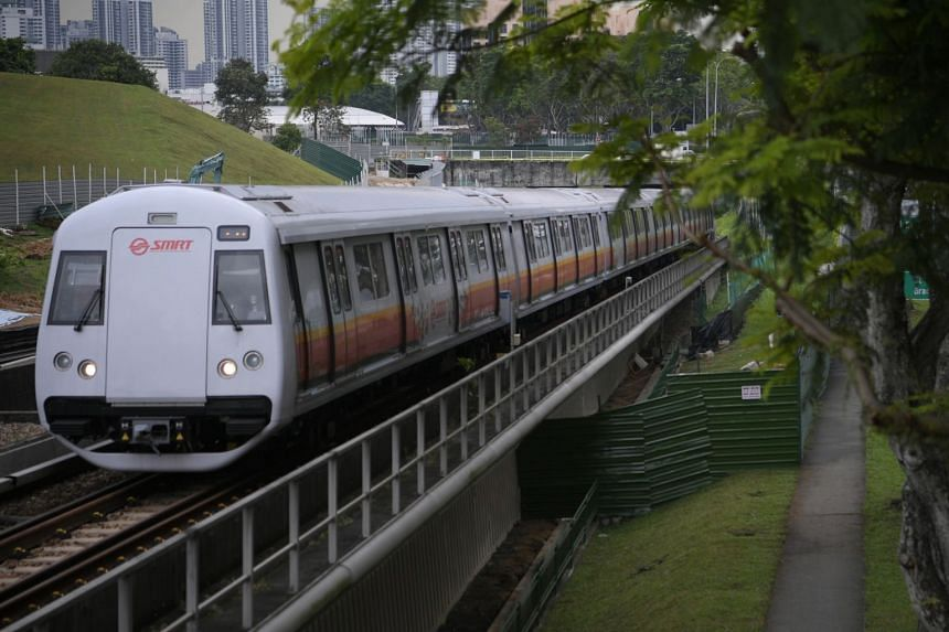 An SMRT train leaving Bishan MRT station on Nov 9, 2017. The North-South Line, the oldest line, posted the best improvement - jumping from 89,000km between delays in 2017 to 894,000km.