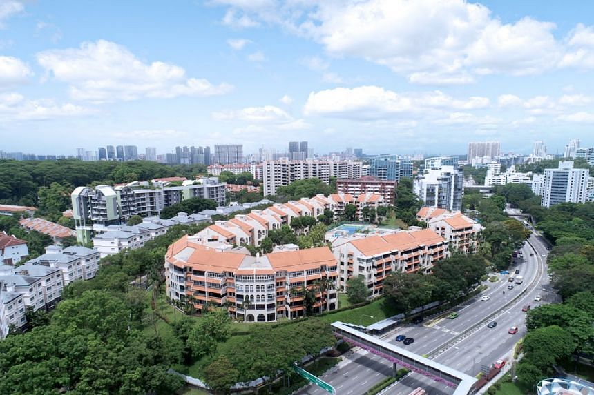 The owners of the 226-unit Spanish Village are working to lower the reserve price by about 6 per cent to $828 million from $882 million, says sole marketing agent Edmund Tie & Company. The development is in District 10 and located near the Botanic Gardens