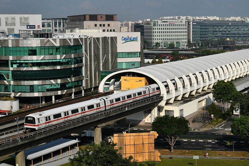 Of the 5,000 people polled, 77.8 per cent felt bus services had improved in the last one year, down from 80.8 per cent in the preceding one-year period, while 72.1 per cent felt the MRT had improved, up sharply from 50.3 per cent previously.