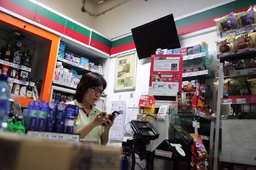 Ms Helen Teo, who works in the 7-Eleven outlet at Clarke Quay MRT station, said that the store was affected by the power outage. Only the lights and air-conditioning were working in the store.