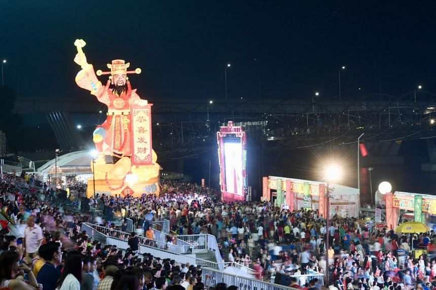 Perhaps a better idea would be to have more events like the River Hongbao, suggests this ST reader.