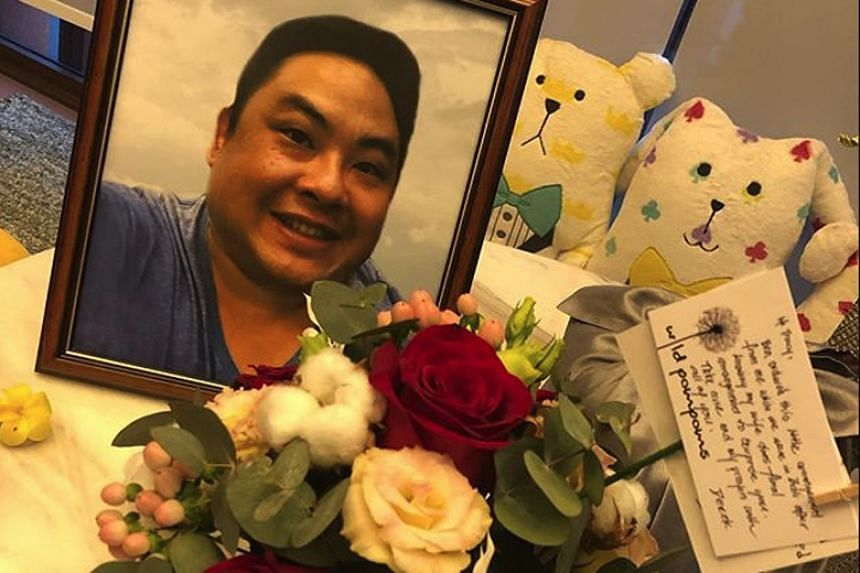 One of the pictures in Ms Tracy Lee's post revealed that her late husband Ben Goi had ordered the flower arrangement before he died.