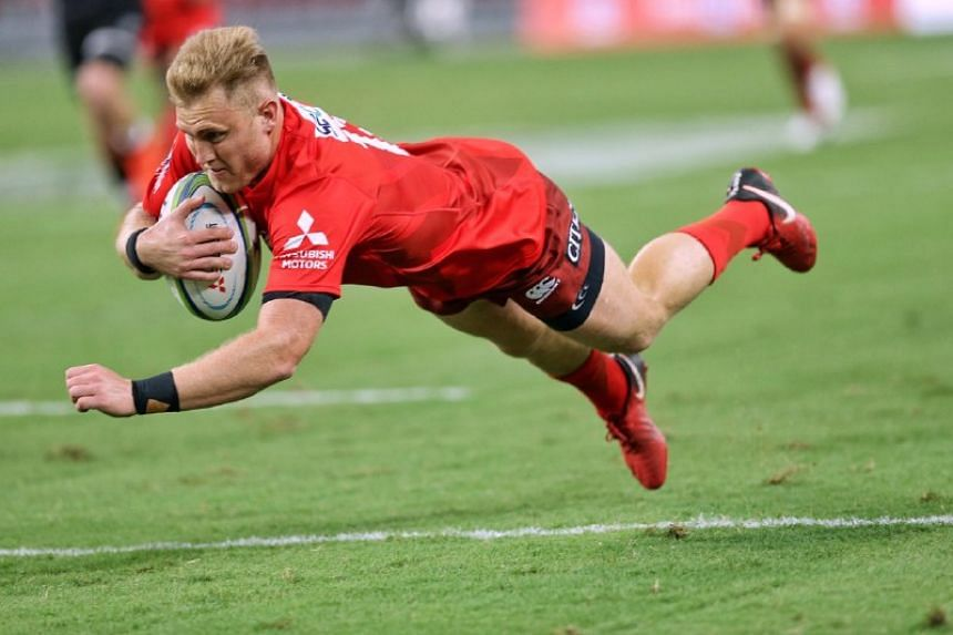 Hito-Communications Sunwolves' Shane Gates scoring a try against Cell C Sharks during their Super Rugby match at the National Stadium on Feb 16, 2019.