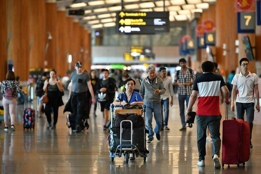 Under new rules that kicked in yesterday, people returning from abroad can claim tax exemption on a smaller amount of their overseas shopping.