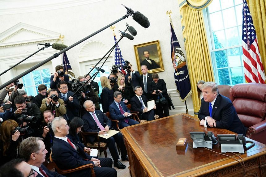 Donald Trump meets Chinese Vice-Premier Liu He and trade talk representatives in the Oval Office.