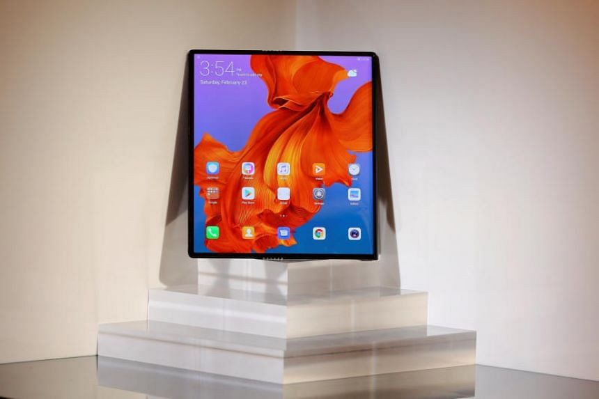 The Huawei Mate X will have two back-to-back screens which unfold to become an eight-inch tablet display.