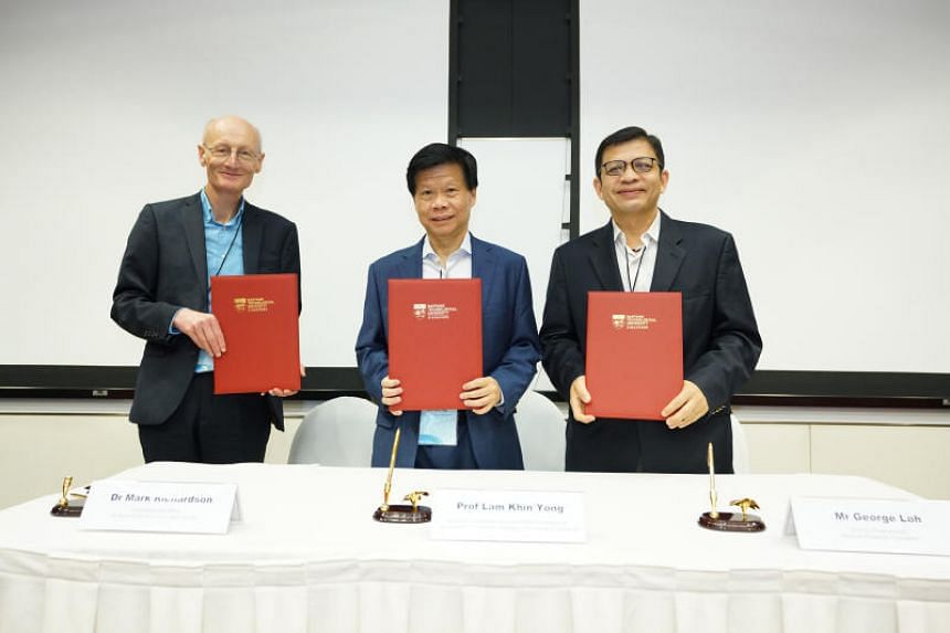 (From left) Dr Mark Richardson, CEO of Britain's National Biofilms Innovation Centre; Professor Lam Khin Yong, Nanyang Technological University's vice-president of research; and Mr George Loh, National Research Foundation's director of programmes, at