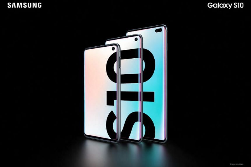 (From left) The Samsung Galaxy S10e, S10 and S10+ smartphones, featuring Samsung's latest Exynos 9820 octa-core processor, the latest Android 9.0 Pie mobile operating system, Wi-Fi 6 support, IP68 water and dust resistance, and Samsung's Infinity-O d