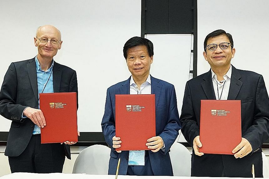 (From left) Dr Mark Richardson, chief executive of Britain's National Biofilms Innovation Centre; Professor Lam Khin Yong, Nanyang Technological University's vice-president of research; and Mr George Loh, National Research Foundation's director of pr