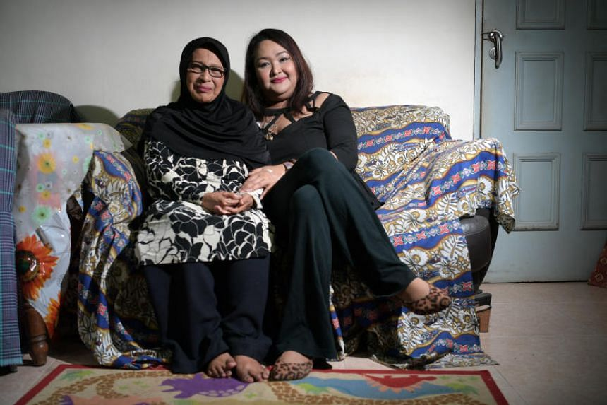 Ms Noor Azlin Abdul Rahman with her mother, Madam Azizah Yahya.