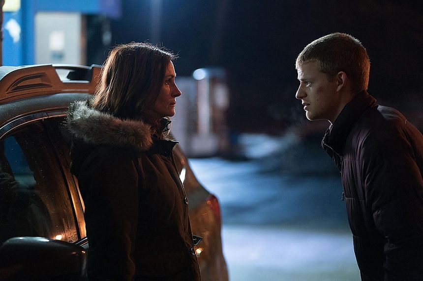 Ben Is Back stars Lucas Hedges as a recovering drug addict and Julia Roberts as his protective mother.