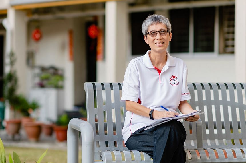 Ms Ho volunteered as a Silver Generation Ambassador after her retirement because she wanted to make a difference in the lives of fellow seniors. PHOTO: TED CHEN