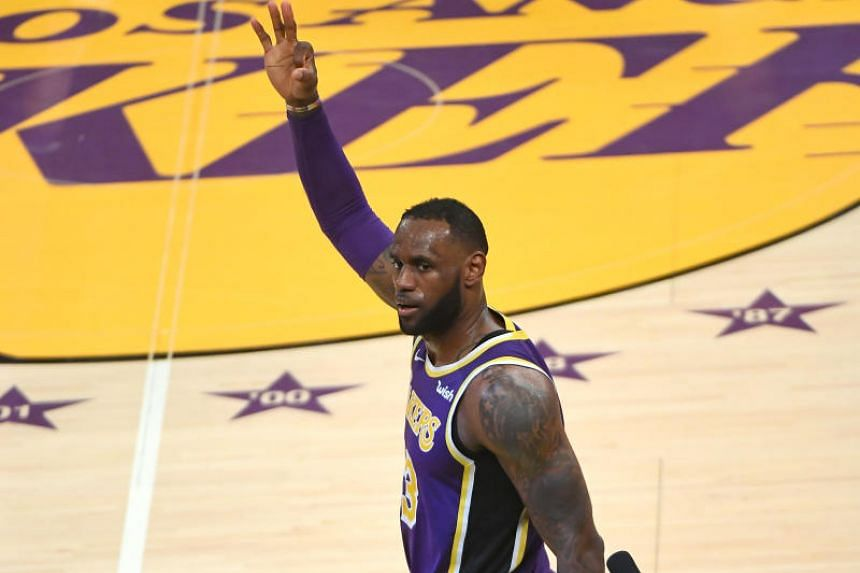 ecec00c9 Los Angeles Lakers forward LeBron James made a three-pointer to give the  Lakers a