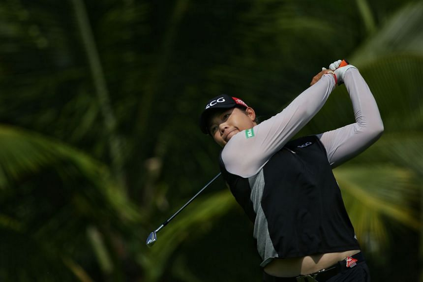 Ariya Jutanugarn faltered with a three-over 75 at Sentosa Golf Club's New Tanjong Course yesterday as she settled for a joint-eighth finish on eight-under 280 alongside England's Jodi Ewart Shadoff.