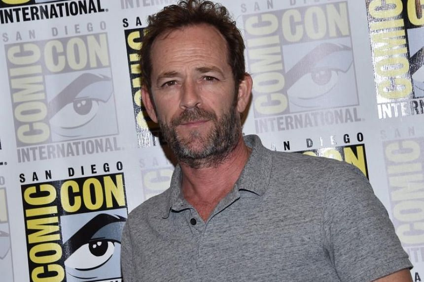 Actor Luke Perry arrives for the press line of Riverdale at Comic Con in San Diego on July 21, 2018.
