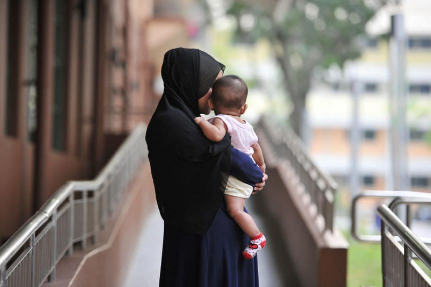 Since March 1, unemployed mothers looking for work will receive monthly subsidies for six months, up from the current three.