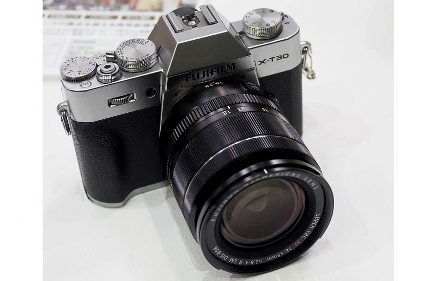 The X-T30 is 159g lighter and 37 per cent smaller than the X-T3 and does not have the same sturdiness. However, it is more contoured and comfortable than its predecessor, the X-T20.