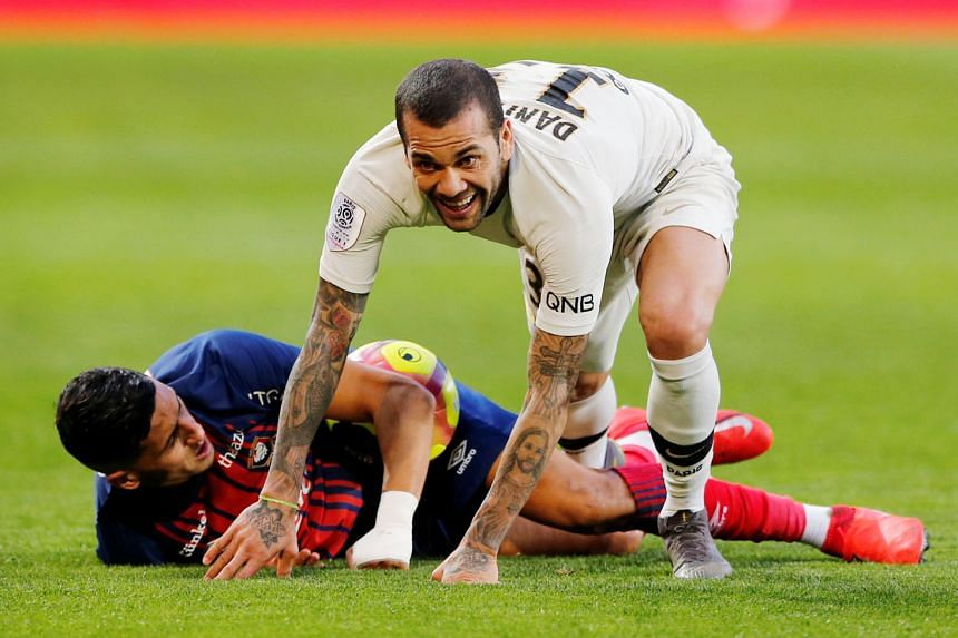 Dani Alves is turning 36 soon but he believes that his years of experience can boost a PSG squad seeking their first Champions League title.