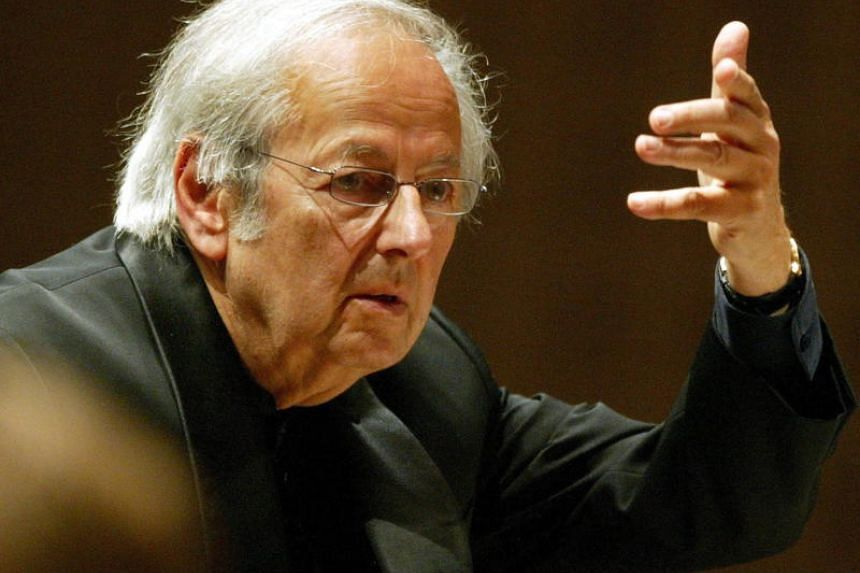 The late Andre Previn, then conductor of the Oslo Philharmonic Orchestra, in concert during the Lucerne Festival in Lucerne, Switzerland in September 2004.
