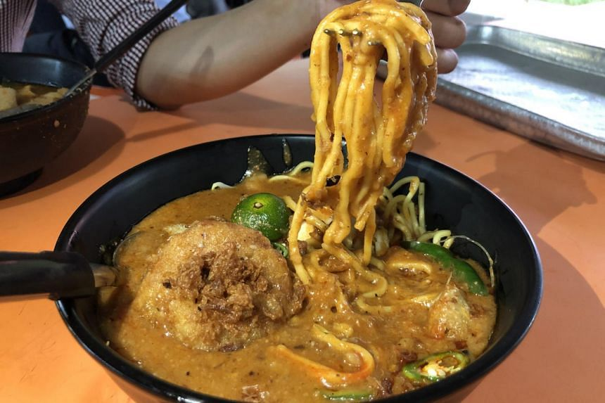 The classic mee rebus with begedil.