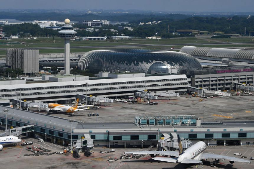 Jewel Changi Airport is sited next to Terminal 1 (T1) and linked to T2 and T3 via air-conditioned linkways fitted with travellators.