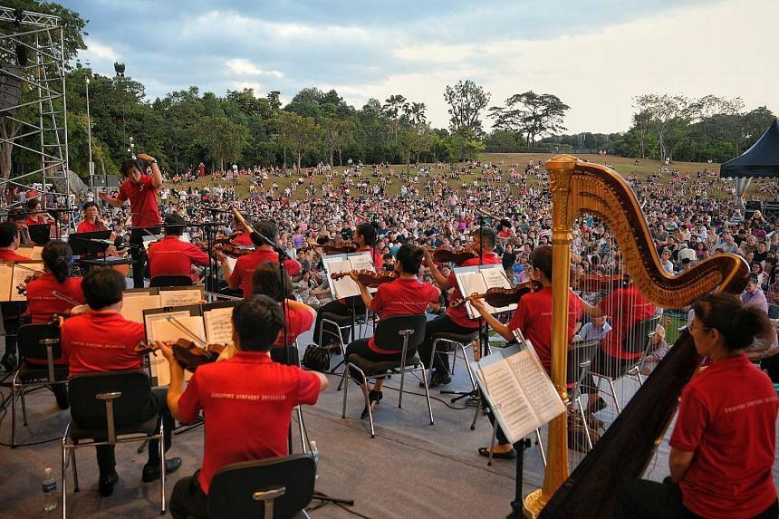 About 5,500 people laid out their picnic mats or sprawled comfortably on the green lawn as they enjoyed a line-up of classical pieces at The Meadow, Gardens by the Bay, yesterday. Marking Singapore Press Holdings' (SPH) 35th anniversary celebrations,