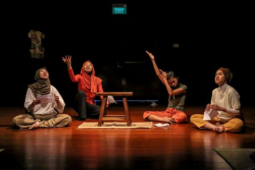 Sau(dara), featuring Lyn Hanis, Suryana Norddin, Nurul Farahani, Syafiqah 'Adha Sallehin, presents the stand-off between traditions and expectation when women want to pursue artistic careers in defiance of what their families hoped for them.