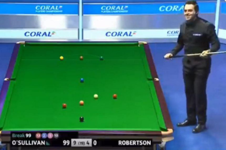 Ronnie O'Sullivan recorded the three 100-plus breaks in his 10-4 victory over Australian Neil Robertson that he needed to reach the milestone.