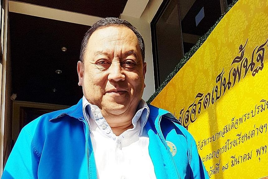 """The Democrats' secretary-general Chuti Krairiksh says the party aims to be a """"third alternative"""" - between the military dictatorship and what it calls corrupt politicians."""