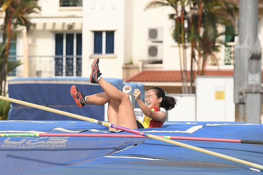 Hwa Chong Institution pole vaulter Togawa Mei set a championship record of 3.19m in the Opens Division at the Schools National Track and Field Championships.
