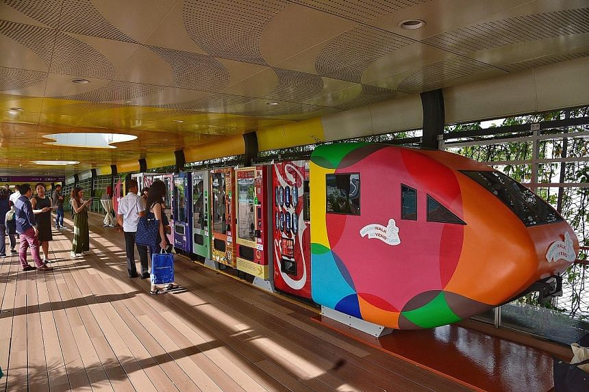 Visitors taking the pedestrian route into Sentosa from VivoCity will now be able to shop for a range of souvenirs, snacks and skincare products round the clock, with the launch of 35 vending machines along the Sentosa Boardwalk yesterday. Local cockt