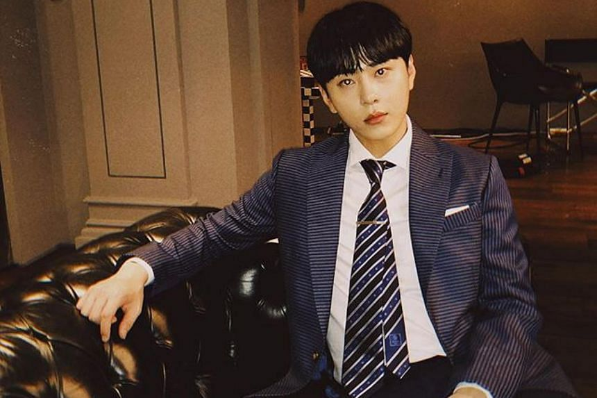 K-pop boyband Highlight's Junhyung was reportedly questioned by the police, as part of a probe into singer Jung Joon-young's activities.
