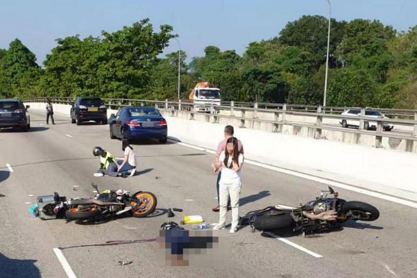 A 33-year-old male motorcyclist was conscious when taken to Ng Teng Fong General Hospital, while the other motorcyclist, a 25-year-old man, was pronounced dead by paramedics at the scene.