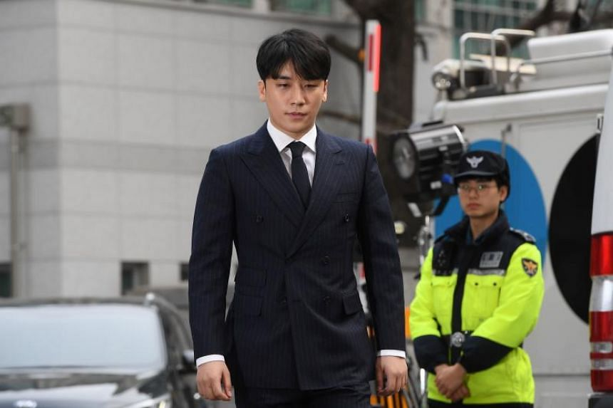 In recent weeks, K-pop start Seungri's has been named a suspect in an investigation into the alleged soliciting of prostitutes and drug dealing at the Burning Sun club, which he controls.