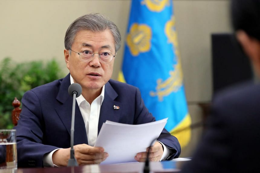 South Korean President Moon Jae-in giving instructions after receiving briefings from justice and interior ministers in Seoul on March 18, 2019.