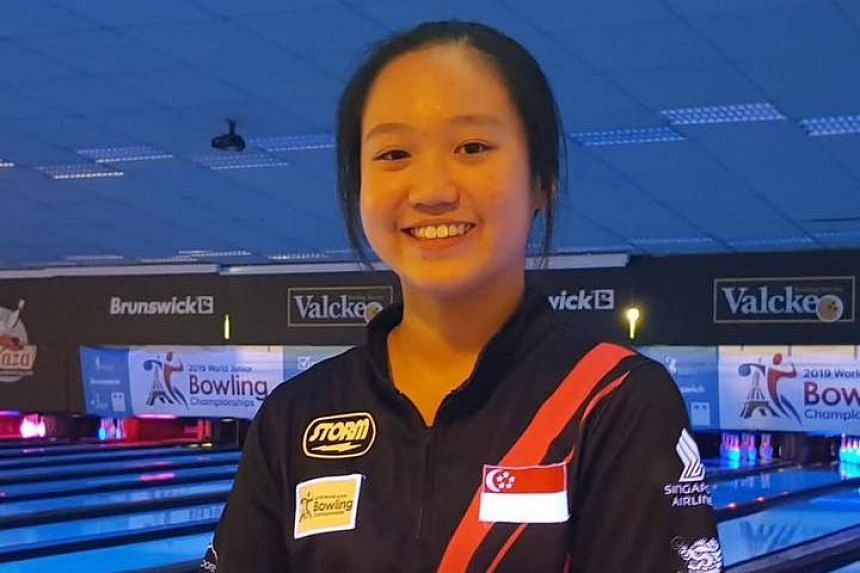 National youth bowler Arianne Tay was the top seed after the qualifying round, scoring 1,407 pinfalls in six games.