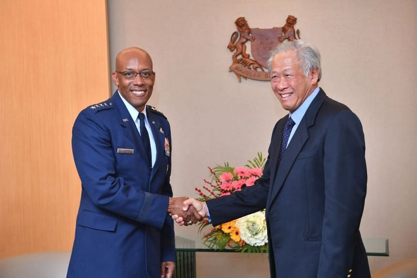 Commander of the US Pacific Air Forces General Charles Q Brown Jr with Defence Minister Ng Eng Hen at the Ministry of Defence on March 20, 2019.
