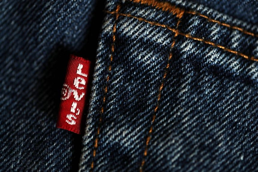 The 165-year-old US company's return to the public market comes at a time when stocks are near all-time highs and the popularity of denim is surging, driven by the resurgence of 1990s styles such as high-waist and pinstriped jeans.