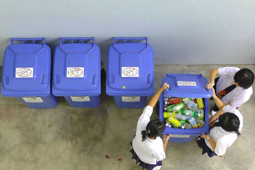 Residents could be rewarded with discount coupons for supermarkets if they have contributed a certain amount of recycling material.
