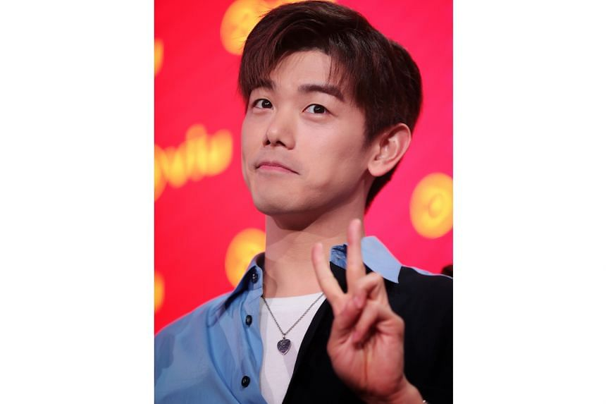 Korean-American singer-songwriter Eric Nam is a guest co-host on No Sleep No Fomo, a social media-driven reality travelogue.