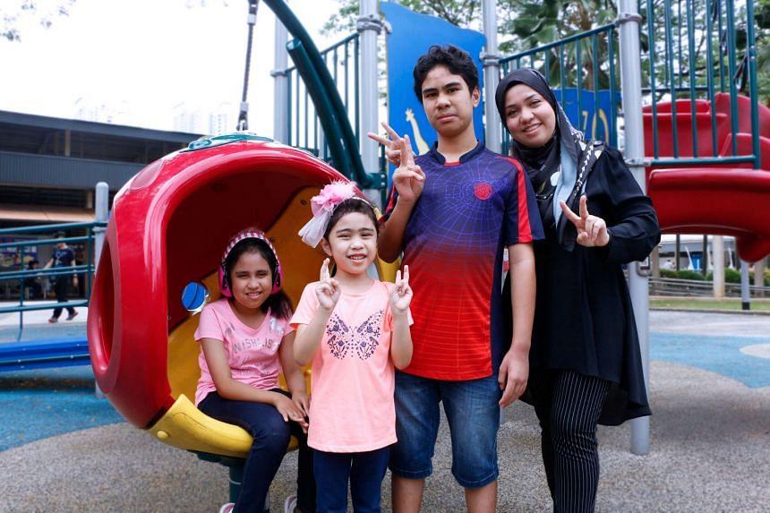 Noreen Razali and her children