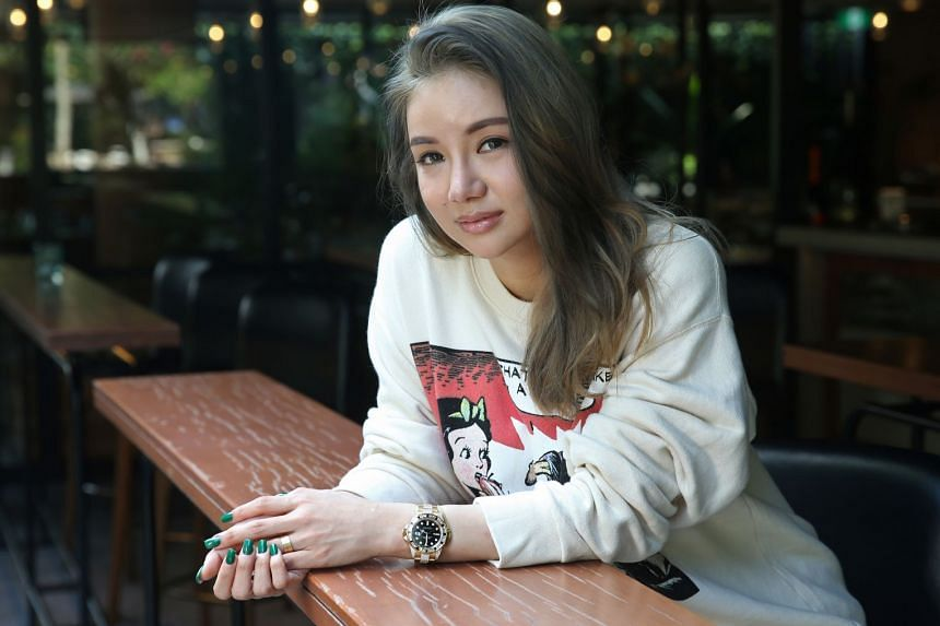 Ms Kim Lim, whose father is billionaire Peter Lim, has written on Instagram to distance herself from the K-pop scandal.