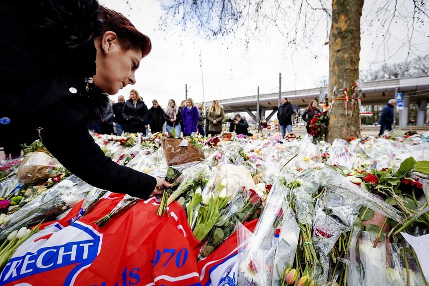Flowers laid at the 24 Oktoberplein, a week after the attack in Utrecht.