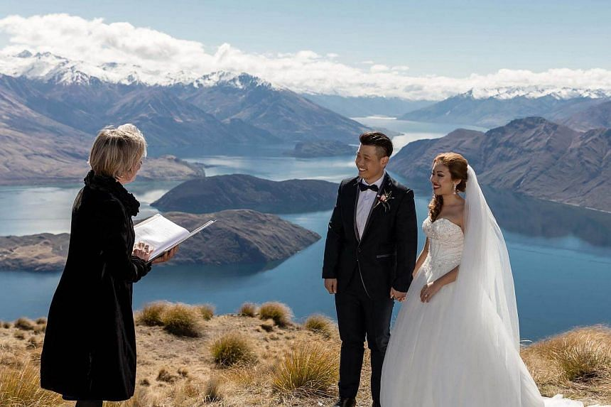 Ms Kara Lau and her husband, Chris Lee, got married in a private ceremony atop Roys Peak, a mountain near the town of Wanaka in New Zealand's South Island.