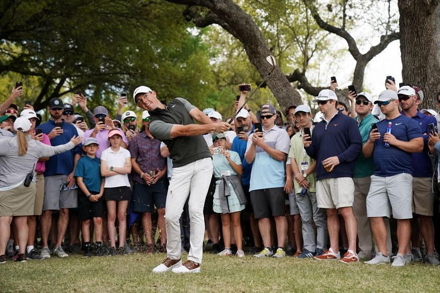Woods wins in return to Match Play in Austin
