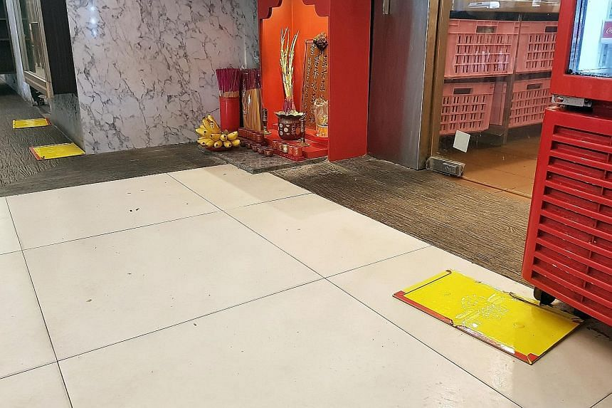 An employee of the restaurant said the eatery has its floors and utensils cleaned thrice a day and places mouse traps in every corner.
