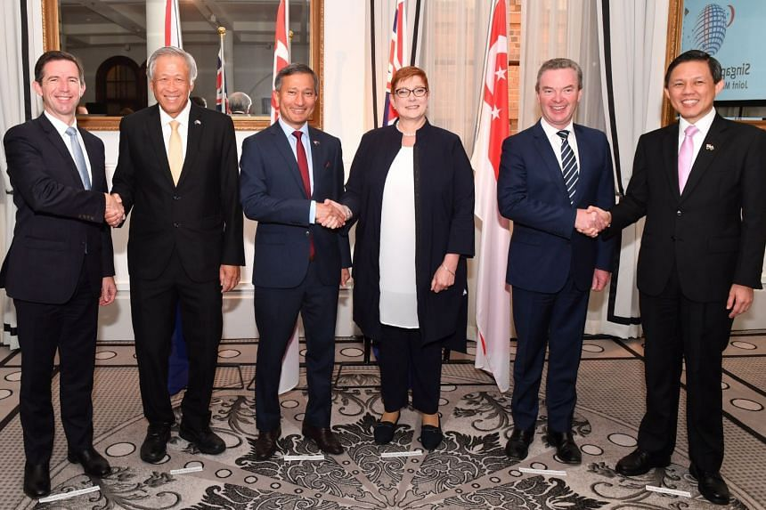 (From left) Australian Minister for Trade, Tourism and Investment Simon Birmingham, Defence Minister Ng Eng Hen, Foreign Minister Vivian Balakrishnan, Australian Foreign Minister Marise Payne, Australian Defence Minister Christopher Pyne and Minister