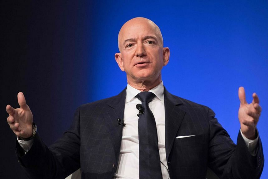 Amazon chief Jeff Bezos has accused Enquirer publisher American Media, led by Mr David Pecker, of blackmail for threatening to publish intimate photos if he did not halt the investigation.