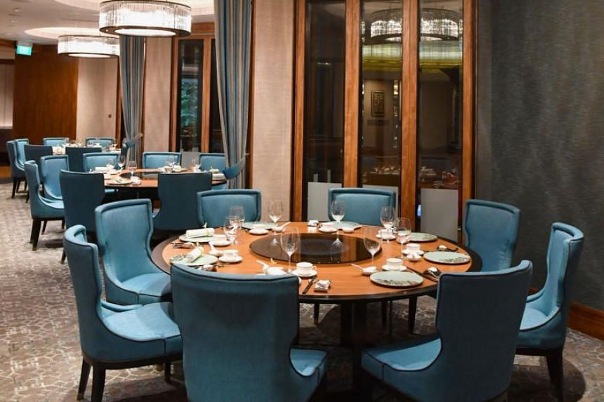 Chinese restaurant Hua Ting at Orchard Hotel Singapore clinched the Gold award in The Straits Times and Lianhe Zaobao's Best Asian Restaurants Awards, held at the Grand Hyatt Singapore on Monday (April 1).